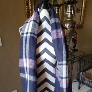 Aerie Pink & Blue Blanket Scarf